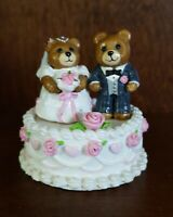 Wee Forest Folk Wedding Bears T-09   1987 made in USA  retired