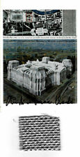 Christo and Jeanne Claude Reichstag AK original hand signed + stoff 5 x 4 cm