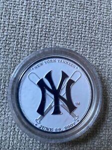 New York Yankess coin SGA
