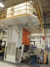 2002 220 TON SCHULER HPDZB200 Hydraulic Press Ram has Double Prismatic Guiding