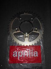 NEW GENUINE APRILIA RS125 + TUONO REAR SPROCKET Z=40 AP8107134