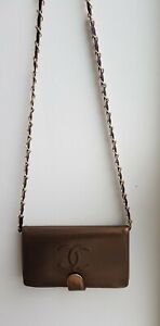 Authentic Chan wallet on chain woc Lambskin Leather CC Logo Crossbody bag
