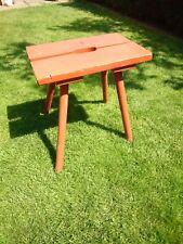 Alter Hocker  Schemel Holz 45cm hoch Sitz 45x30cm