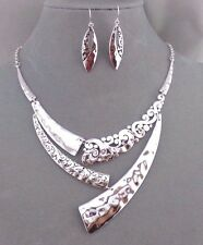 Hammered Silver and Filigree Necklace Set Fashion Jewelry NEW Unique Pretty!