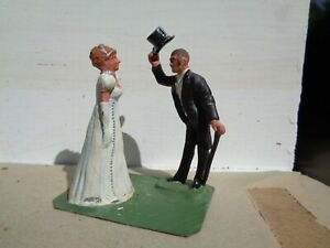 Stadden, Gentleman greeting a lady Woman painted lead figure 54mm civilian