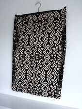 Ladies Lovely Black & Cream Mix Aztec Style Elastcated Skirt Size L, Vgc
