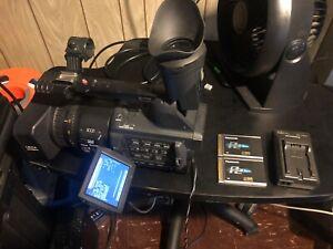 Panasonic HVX200 Camcorder -  Black