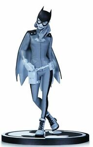 BATGIRL BATMAN BLACK AND WHITE STATUE - BABS TARR - 1st EDITION -  sealed