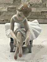 "Vintage Lladro Figurine ""Little Ballerina 1""  #8125 w/Box  Precious!!"