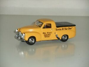 1:43 Matchbox Collectibles YYM38035 Holden FX Pickup 1951 - Mr Fixit