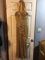 J & J GOLD SPAGHETTI STRAP FULLY SEQUINED LACE A A WHOLE LOT MORE GOWN SZ 8 NEW