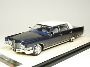 GLM Stamp 69202 1/43 1969 Cadillac Fleetwood Sixty 60 Special Resin Model Car