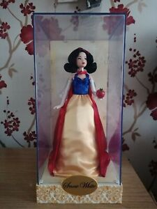 Limited Edition Snow White Disney Designer Princess Collection doll