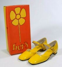 New Vintage 1960s Mod Hers 5B Yellow Patent Leather Mary Jane Flats Square Toe
