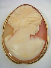 VINTAGE CAMEO LADY PIN AND PENDANT HAND CARVED SHELL SET IN A 14KT GOLD FRAME