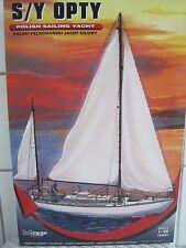 Opty Segelyacht Schiff Segelboot Segelschiff 1:50 Plastikbausatz *NEU*