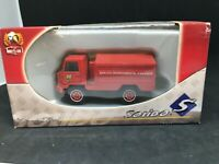 CAMION 1/43 Berliet 4x4 Camiva Pompiers Solido hachette 1/50