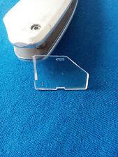 (B31) vitre larérale droite Dinky Toys Panhard 24 C réf 524