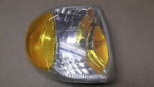 1998-01 MOUNTAINEER OEM PASSENGER SIDE CORNER HEADLIGHT TURN SIGNAL MARKER LIGHT
