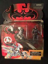 1997 Kenner DC COMICS Batman & Robin Movie BATGIRL'S ICESTRIKE CYCLE Opened Card