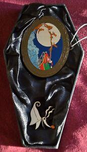Disney HAUNTED MANSION HOLIDAY 2003 SANTA CLAUS ORNAMENT & ZERO PIN - Pins