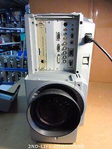 244 HOURS SANYO PLC-EF60A Beamer Projector 2x 300W 5800 LUMENS SXGA+ Short Throw
