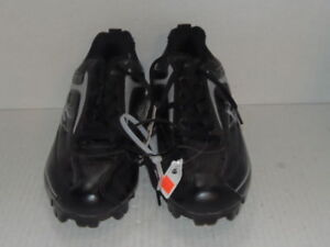 NEW EASTON BASEBALL CLEATS - YOUTH - BLACK - SIZE 6 (CLT-3374)