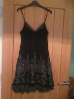 Women`s Karen Millen party dress size 10 black with silver pattern in very good