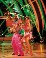 STRICTLY COME DANCING *MELVIN ODOOM & JANETTE MANRARA* HAND SIGNED 10X8 PHOTO