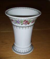 Hutschenreuther kleine Vase Trichtervase mit Blumedekor