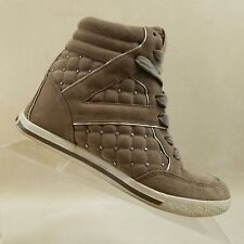 Vince Camuto Women's $169 Follie Wedge Suede Sneaker  Brown Size 6.5M #E96