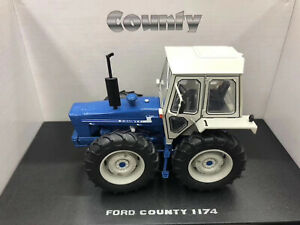 UNIVERSAL HOBBIES UH5271 FORD COUNTY 1174 TRACTOR 1/32 Diecast Model