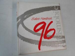 1996 Oldsmobile 3 Ring Binder Dealership Salesman Product Portfolio Manual Olds