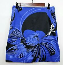 TAHARI Size 6 - ROYAL BLUE & BLACK FLORAL STRAIGHT STRETCH SKIRT - Knee Length