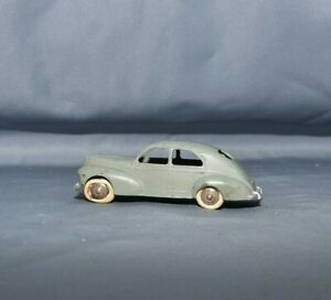 R336 DINKY TOYS france MECCANO PEUGEOT 203 N° 24 R