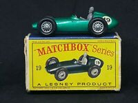 Matchbox Lesney MB19-C4: Aston Martin Racer, Typ.D2 Box, Excellent Car Condition