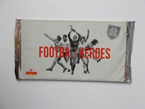 2013 DY7 Football Heroes Prestige Booklet Complete in Special Wrapper Cat £35