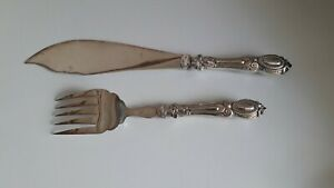 Silver plated & silver handled fish servers