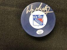 Wayne Gretzky - New York Rangers - Autographed Signed hockey Puck with COA