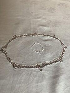Nappe ancienne damassée blanc monogramme brodé main GG Old tablecloth/31544A8