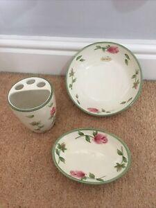 Floral Hand Painted Ceramic Soap Dish Bowl Toothbrush Holder Bathroom Set