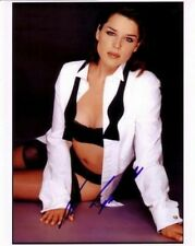 """Neve Campbel SEXY POSE genuine autograph photo 8""""x10"""" signed IN PERSON"""