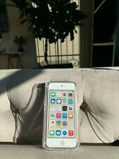 Apple iPod touch 6th Generation Gold (64 Gb) Excellent Condition - Still in Box