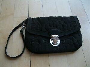 Vera Bradley Pushlock Zip Wristlet Clutch Wallet Classic Black Floral Pattern