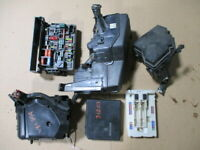 2004 Toyota Corolla Engine Compartment Fuse Box OEM 98K Miles (LKQ~265669865)