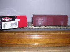 INTER.#48501-05  Milwaukee Road 40' Horiz.Ribbed Box Car #23623 Weathered  H.O.