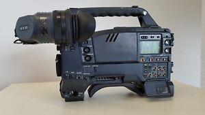 Panasonic AJ-PD900WAP DVC-PRO 50/25MBPS CAMERA RECORDER WITH VIEWFINDER