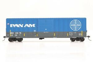 HO Athearn RTR Maine Central / Pan Am 50ft Slide-Door Box Car, Excellent