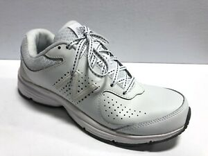 New Balance, Women's 840 V2 White Leather Walking Shoes Size 10 Wide