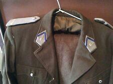 Ancien uniforme militaire